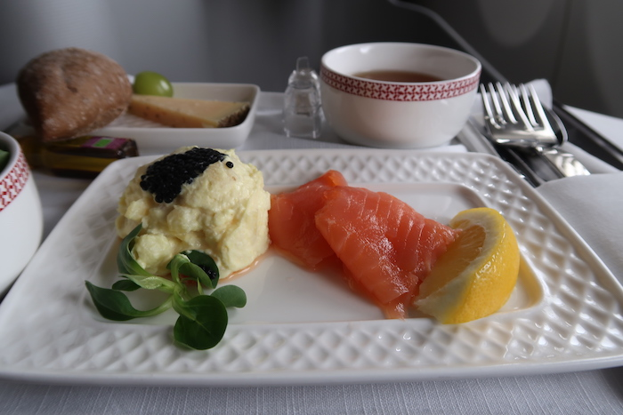 Iberia A330-200 Business Class Dining
